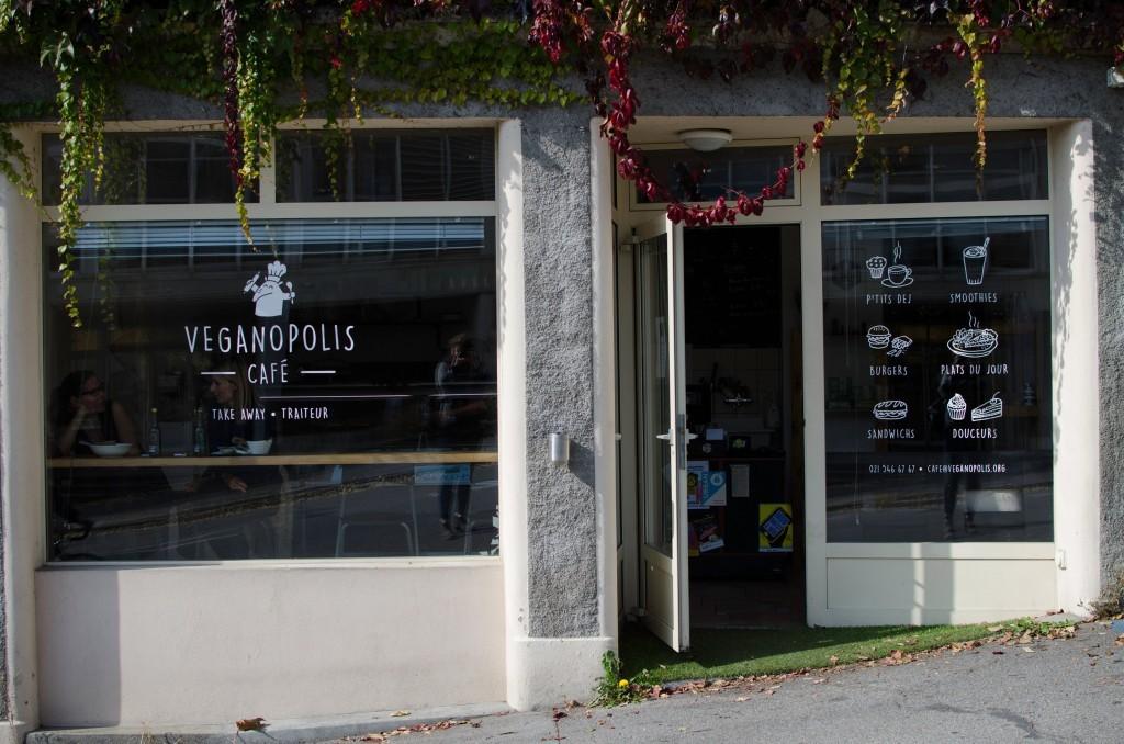 Veganopolis-Cafe-lausanne