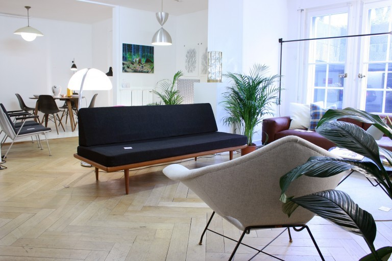 kissthedesign-showroom-lausanne