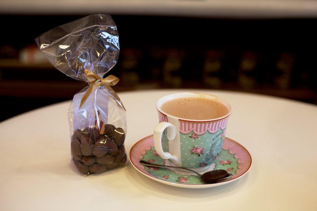 La Chocolatière, tasse de chocolat chaud