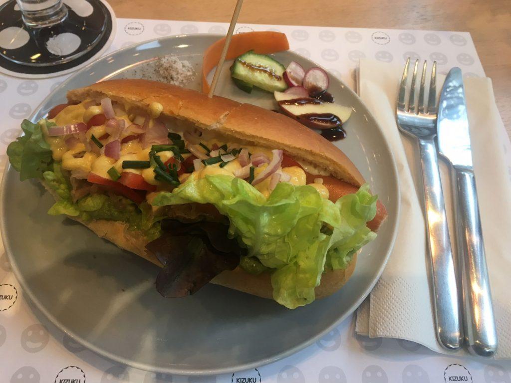 Kizuku Vevey hot-dog
