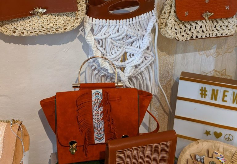 AA-creations-maroquinerie-atelier-cuir-lutry