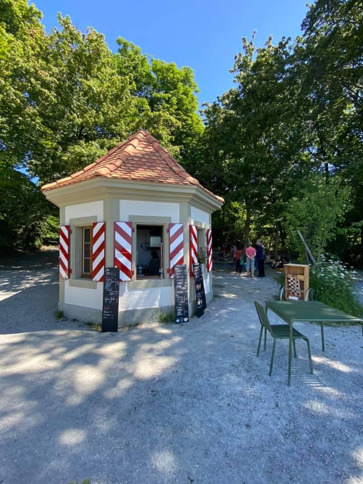 Le Café Perché Lausanne terrasse parc