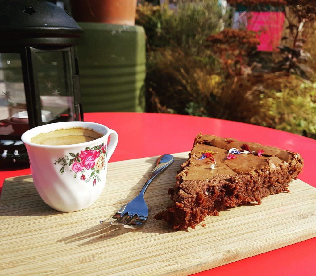 Pâtisserie avec café à La Roulotte - Nyon Gare