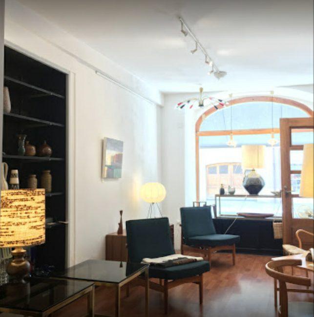 Galerie-art-vintage-mobilier-scandinave-mobble-galerie-40-rolle