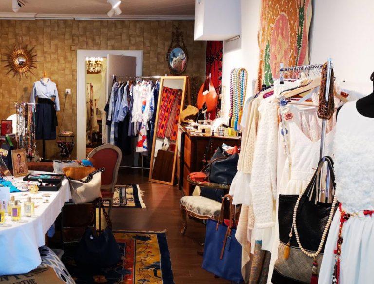 boutique-rolle-voyage-créations-originalité-couleurs-habits-insolite
